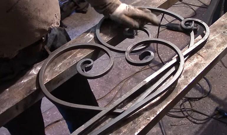 скамейки из кованных элементов своими руками